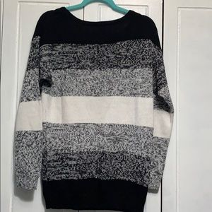 Divided by H&M lightweight crew neck sweater S